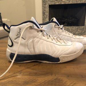 Nike Jordan Team Jumpman Basketball Shoes